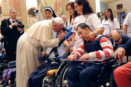 La Chiesa? Un ospedale da campo che cura le ferite