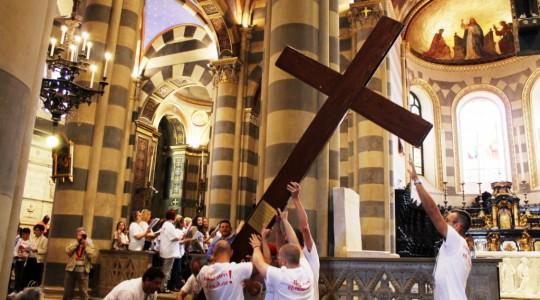 La Croce della Giornata Mondiale della Gioventù a Casale Monferrato