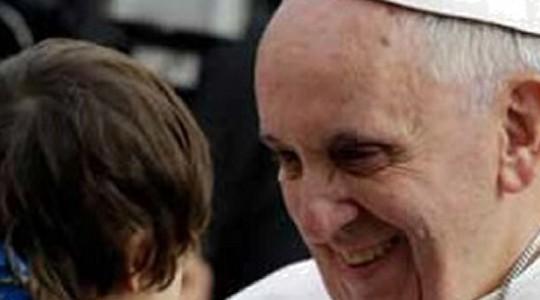 Papa Francesco incontra i bambini affetti da autismo