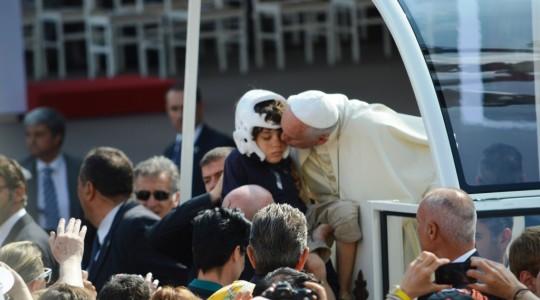 Papa Francesco a Torino incontra gli ammalati