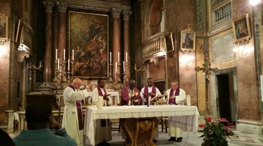 Il vescovo Barthtèlemy alla tomba del Beato