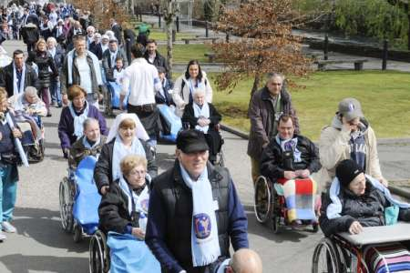 Posti liberi per Lourdes