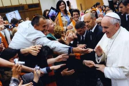 Il Papa: vita umana inviolabile, no a diagnosi prenatale per abortire