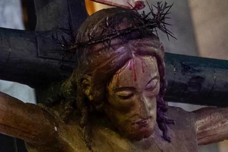 On line le meditazioni della via crucis