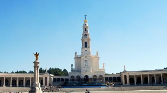 Fatima, vuoto il piazzale del santuario
