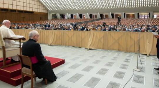 Il Papa ai bambini autistici
