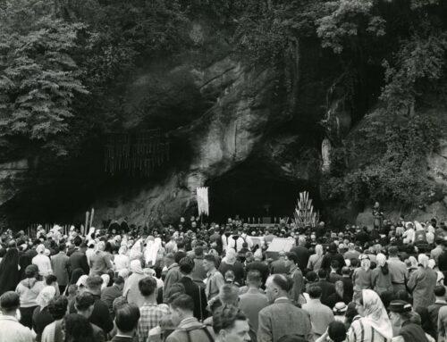 Celebrazione del centenario a Lourdes, 1958